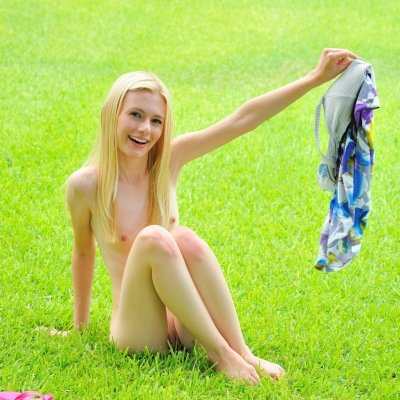 Super thin beautiful young teen naked outside Kennedy Kressler