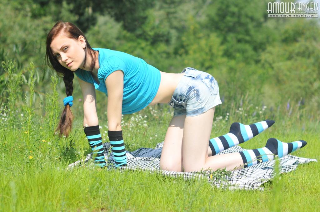 Super skinny cute teen girl showing her bony and toned ...
